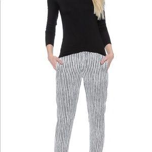 Amazing DWP pants size 25. Worn once